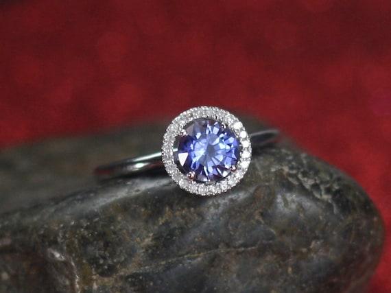Engagement Ring Crios Light Blue Sapphire & Diamonds Oval Halo Plain Band