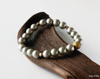 Silver Pearl Bracelet, Gray Pearl Bracelet, Bridal Bracelet, Wedding Jewelry Gold Bead Bracelet, Stacking Bracelet, Stretch Bracelet