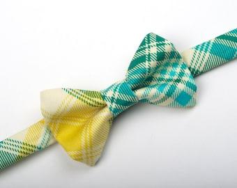 Aqua green and yellow Plaid Bow Tie, plaid bow tie, green plaid bow tie, aqua plaid bow tie, yellow plaid bow tie, boy's bow tie, men's tie