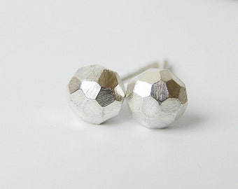 Recycled silver studs. Small faceted stud earrings.