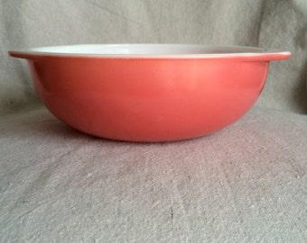 Vintage Flamingo Pink Pyrex 024 2 Quart Bowl