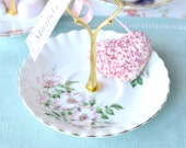 Sweet Royal Albert jewelry stand, wedding place holder, mini cake stand, tidbit tray: a sweet party favour