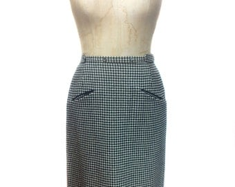 vintage 1960s houndstooth pencil skirt / wool / black white / wrap skirt / skirt with pockets / women's vintage skirt / size medium
