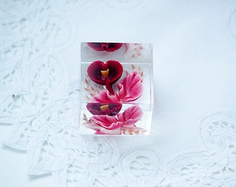 Lucite or Resin Cube Drilled With Floral Design 3d Look