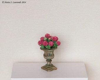 Dollhouse flowers - Dark pink Hydrangeas in weathered garden urn  - 1:12 miniature paper flowers (GF79)