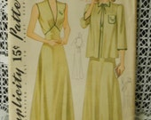 From 1941 Simplicity Pattern 3826 Negligee and Bed Jacket with Bias Trim Detail - Sz 14 Bust Factory Precut & Folded No-Print Sewing Pattern