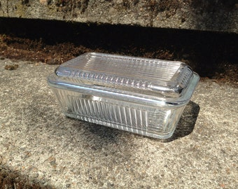 """Vintage Refrigerator Dish Clear Glass 14 ounces Ribbed  with Lid 6 1/8"""" x 3 1/2"""""""