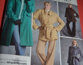 Simplicity 3562  Misses Lined Coats Each in two lengths Sewing Pattern UNCUT - Sizes 6 8 10 12 14