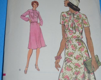 Vintage 70s Vogue 9150 / 9149  Misses Dress Sewing Pattern - UNCUT Size 18 or Size 16 1/2 or  Size 18 1/2