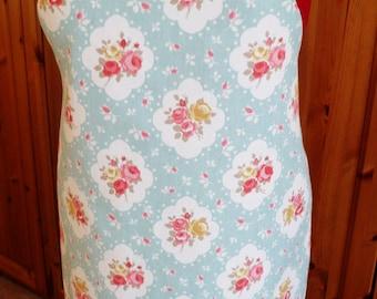 full length apron, roses print