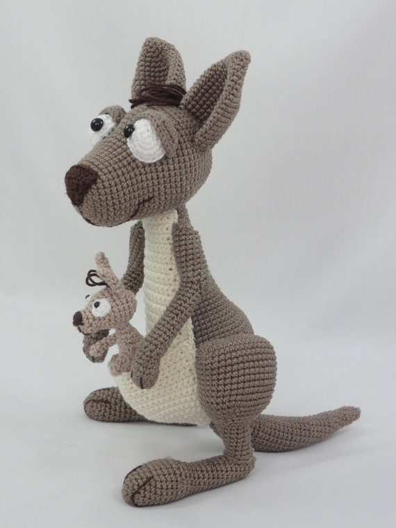 Purple Minion Amigurumi Pattern : Amigurumi Crochet Pattern Kanga Roo and Baby Roo
