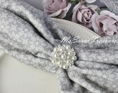 6 Large  Crystal Rhinestone  Flatback Button Pearl Crystal Embellish  -  Brooch Bouquet Napkin Decoration  Wedding Card Wedding Supplies E02