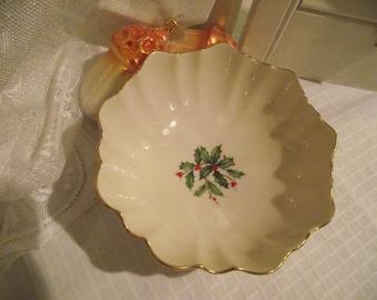 Lenox China Holly Bowl,Gold Edge Bowl,Holly Decor,Lenox Holiday Candy Nut Dish,Lenox Candy Dish,Lenox Nut Dish,Holiday