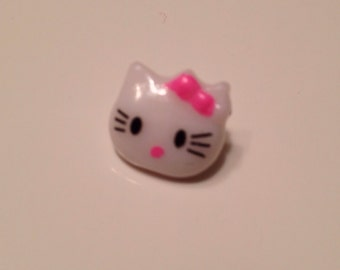 SALE  10 flawed Hello Kitty Buttons - Wholesale
