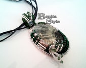 Beadwork Necklace, Bead Embroidery Necklace Pendant, Bead Embroidery, Beadweaving Necklace with GREEN SERAPHINITE, Swarovski crystals