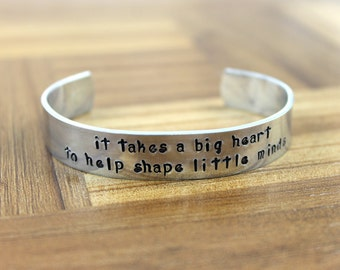 "Teacher Gift / Teacher Appreciation / ""it takes a big heart to help shape little minds"" bracelet / Daycare Gift / Nanny Gift"