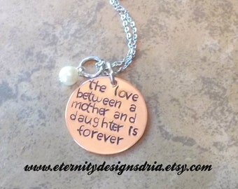 Personalized Mom/Daughter Necklace, The Love Between A Mother and Daughter Is Forever, Mom Jewelry, Daughter Jewelry