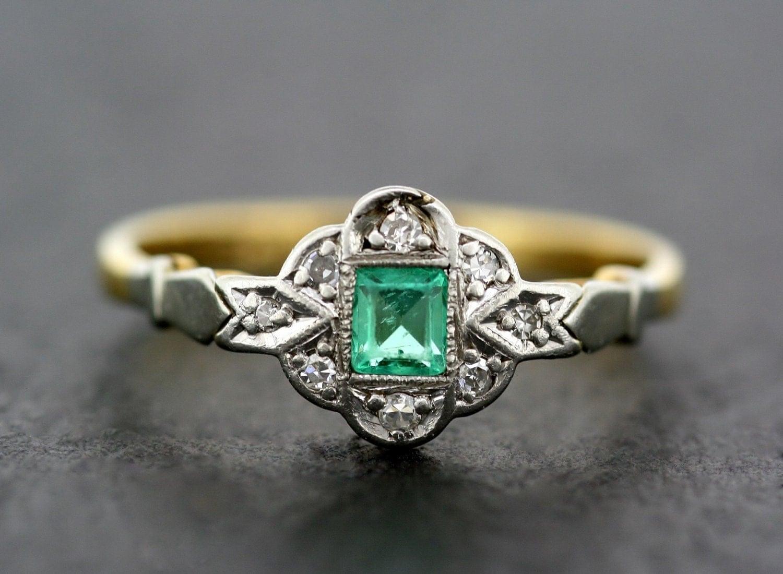 Art Deco Emerald Ring Antique Emerald & Diamond 18ct Gold  Art Deco Emeral...