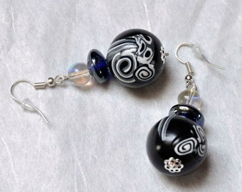 black and white graphic round earrings