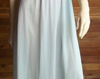 Vintage Lingerie 1950s Light Blue LORRAINE Perfect Fitting Nightgown Small 32 34