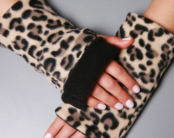 Fleece Fingerless Gloves, Half Finger Gloves, Leopard print Gloves with thumb holes, double sided Gloves By Dragonflyhm