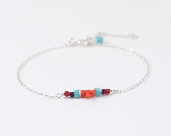 Bracelet «Little Hipa», Coral