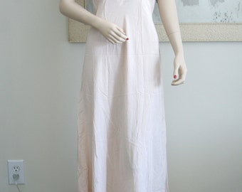 Gorgeous Vintage Yolande 1930's-1940's Silk Night Gown, Hand Made, Soft Luscious Peachy Pink Silk, Bridal Trousseau, Boudoir Photography
