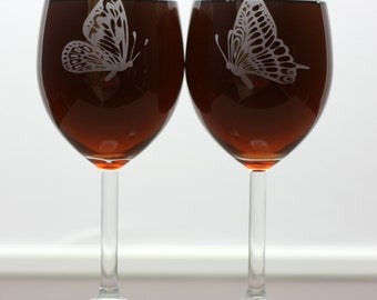 Custom engraved butterfly wine glass set (set of 2) christmas gift, holiday gift, mom gift,sister gift,aunt gift