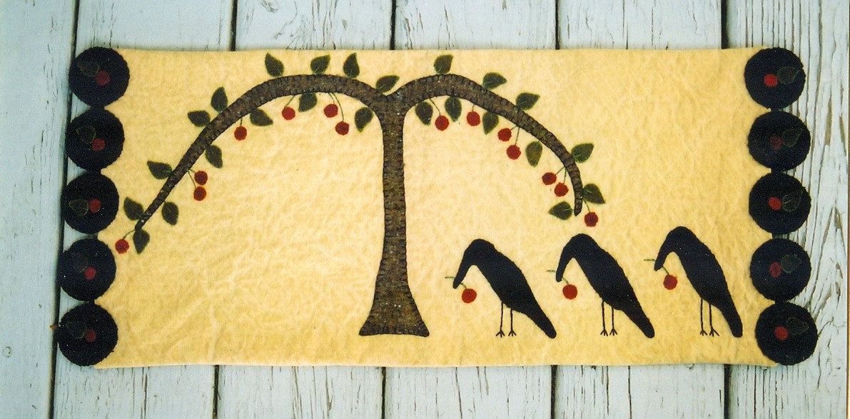 Primitive Wool Runner E Pattern Crows Picking Berries From