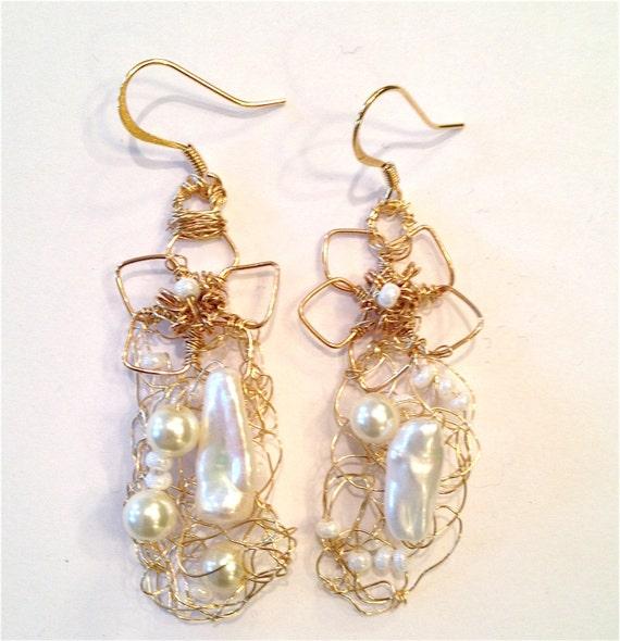 Spring in Bloom - Pearl beads and handmade metal flower wire crochet earrings