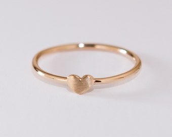 DAINTY GOLD HEART Ring - 14k yellow gold - Handmade Recycled Gold Jewelry