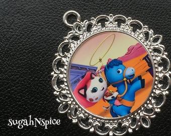 Disney Junior Sheriff Callie Pendant - Sheriff Callie Necklace - Sheriff Callie Jewelry