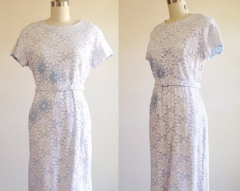 Baby blue dress- Eyelet dress- Large dress- Belted dress- Cotton dress- 1960s clothing- Summer dress- Large