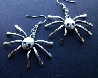 Gothic Spider Earrings , Large Spider Earrings , Kitsch Earrings , Gothic Jewelry , Goth Jewelry , Silver Earrings , Handmade Jewelry