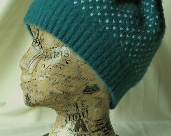 Green wool hat with white flecks