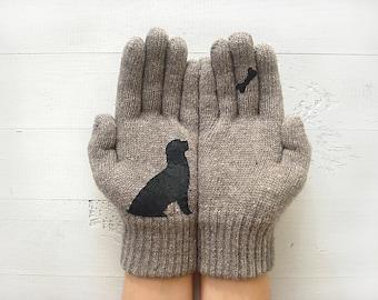Tι κρύβουν τα γάντια;