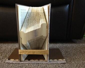 "Book Folding Pattern for a ""Dog bone"""