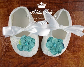 White Baby Shoes, Soft Sole Baby Shoes, Lace Baby Shoes Blue Flower, Crib Shoes, Baby Girl Shoes, Infant Shoes, Newborn Girl Shoes