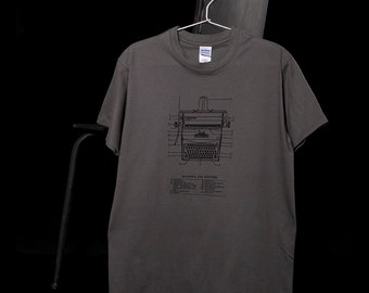 Macchina per scrivere men's tshirt, typewriter vintage dictionary illustration and definition in Italian