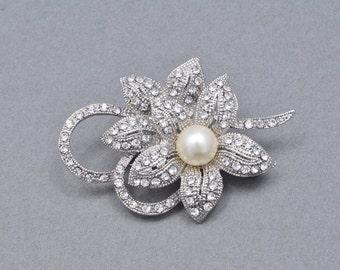 Rhinestone Silver Bridal Brooch Silver Wedding Brooch Sash Pin Silver Brooch Pearl Brooch. S102.