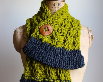 Cyber Monday SALE! Chunky knit scarf. Chartreuse. Grey. Handmade wood button. Lace knit warm scarf.