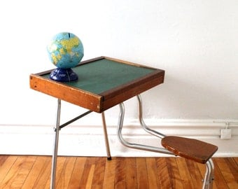 Silver winner for Etsy Design Award, Quebec - Mid-century vintage small kid desk wood aluminium green chalkboard flip top