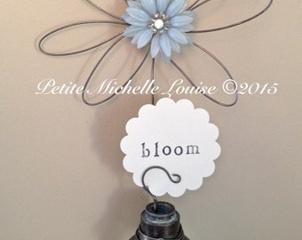 Vintage Door Knob Inspiration Holder - Photo Holder- Table Number Holder