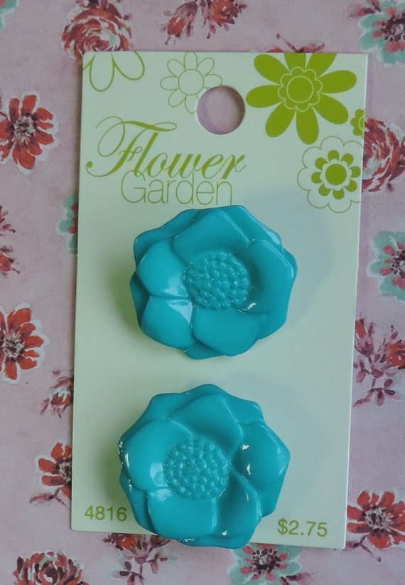 "Turquoise Shiny Anemone Buttons 1 and 1/8"" 28mm Flower Garden Blumenthal Lansing Co"