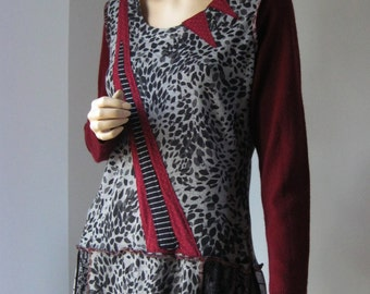 Size Large Gray Maroon Dress
