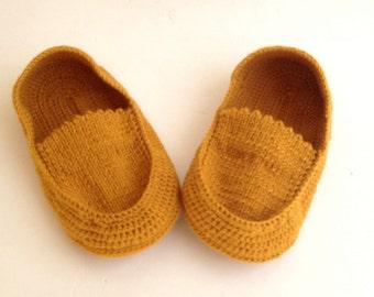 Mustard Yellow Crochet Slippers Women Crochet Shoes Home Shoes Crochet Sock Men Slippers Winter Fashion Accessories Gift Ideas senoAccessory
