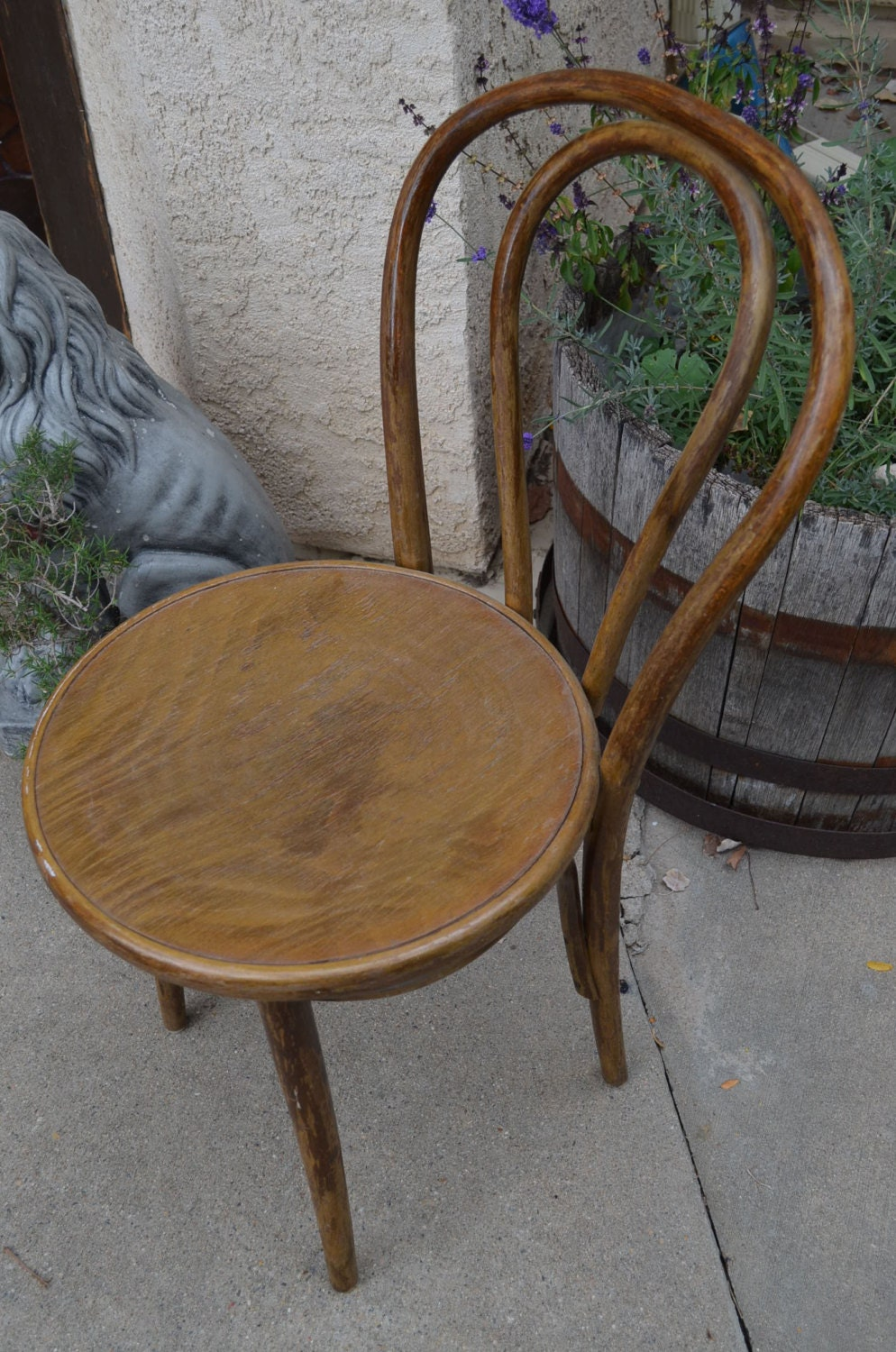 Antique thonet bentwood chair - Like This Item
