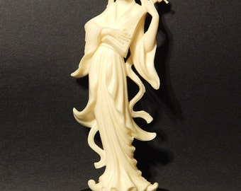 "8 1/2"" Fontanini Depose Italy Plastic Asian Woman Statue/Figurine"