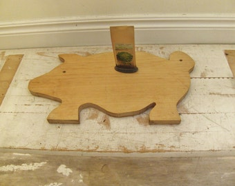 wooden pig cutting board