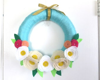 Sugar Skull Halloween 14 Wreath in Ivory with Colorful